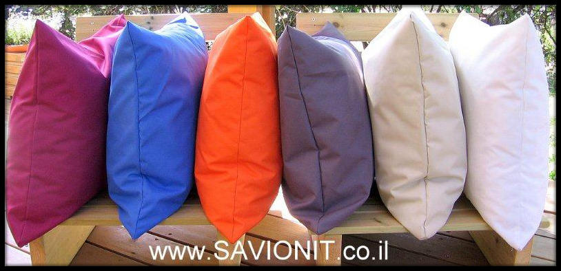 מגוון כריות נוי בשלל צבעים