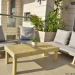 פינת זולה ענקית מושבים חלקים צבע אפור בהיר
