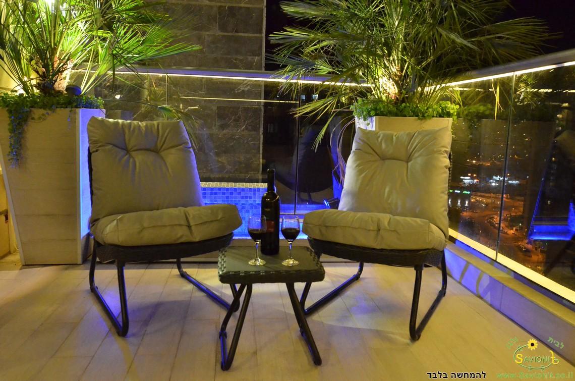 ריפודים לכסאות גן