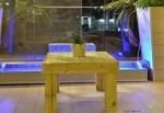 """שולחן עץ לפינת זולה 60X60 ס""""מ להמחשה בלבד"""