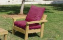 ספסל זולה גבוה עם ידיות ומושב קפיטונז' צבע בורדו