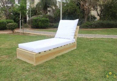 מיטת שיזוף דגם גיפט מזרן חלק