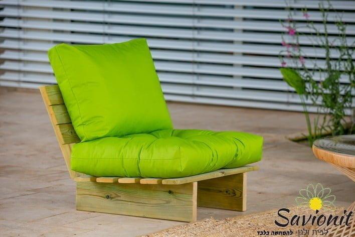 כורסא בודדת פינת זולה ענקית מעץ מלא ריפוד פרימיום