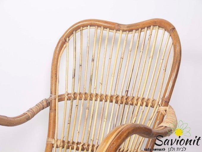 כורסא מעוצבת מראטן טבעי
